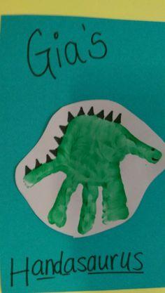 Birthday crafts for toddlers handprint art super ideas Dinosaurs Preschool, Preschool Crafts, Dinosaur Crafts For Preschoolers, Dinosaurs For Toddlers, Daycare Crafts, Classroom Crafts, Toddler Art, Toddler Crafts, Children Crafts