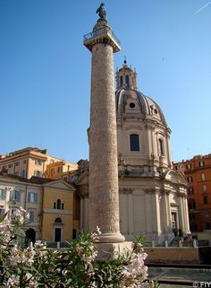Trajan's Column, Rome. Featured at Fall Into Yesterday! http://fallintoyesterday.com/attractions-italy-rome-trajans-column.html
