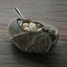 Stone art by Hirotoshi Itoh