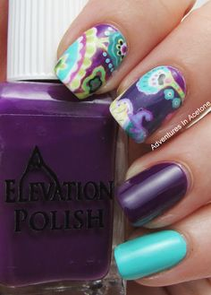 fashion inspired mani - print inspired by a Vera Bradley purse