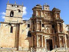 Iglesia parroquial de la Asunción de la Virgen María (Gumiel de Izán) Fachada barroca.