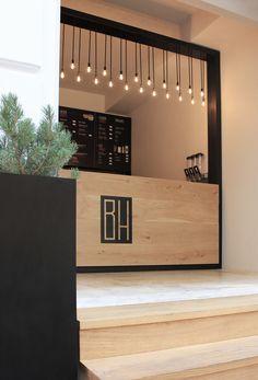 Retail Display Counters Ideas 30 (Retail Display Counters Ideas design ideas and photos Kiosk Design, Cafe Design, Booth Design, Retail Design, Store Design, Deco Restaurant, Restaurant Interior Design, Cafe Interior, Retail Interior