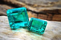 Although no new emerald deposits have been officially worked since 1945, Russian emeralds are still famous for their exceptional shades and crystal lucidity, like these remarkably clean, untreated, and oil free gems.