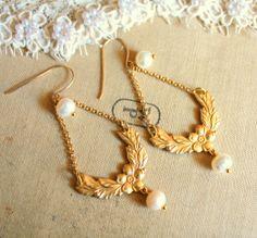 Victorian earrings- gold anybody?