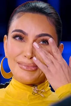 Kim Kardashian cries sharing untold story about terrifying Paris heist Kim Kardashian Cry, Kardashian Family, What's The Number, That One Friend, Criminal Justice, Donald Trump, Crying, Going Out, Mood
