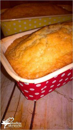 Pyszna i szybka babka bez miksera Banana Pudding Recipes, Bowl Cake, Sweets Cake, Polish Recipes, Food Cakes, Homemade Cakes, Baked Goods, Cake Recipes, Sweet Treats