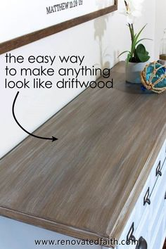 Three Easy Steps to a DIY Driftwood Finish on Any Surface EASY Driftwood Technique with Latex – Here's how to create a faux driftwood finish on furntiture as well Wood Pallet Furniture, Farmhouse Furniture, Paint Furniture, Repurposed Furniture, Furniture Projects, Furniture Makeover, Barbie Furniture, Chalk Paint Chairs, Furniture Logo