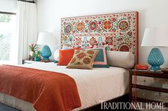 traditional home decor Suzani headboard. Traditional Home magazine/Michael Garland Traditional Home Magazine, Traditional Decor, Retro Home Decor, Home Decor Styles, Home Bedroom, Bedroom Decor, Bedrooms, Side Tables Bedroom, House And Home Magazine