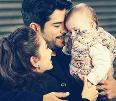 Burak Özçivit and Neslihan Atagül as Kemal and Nihan in Kara Sevda. Couple With Baby, Best Couple, Cute Couples Goals, Couples In Love, Cute Family, Beautiful Family, Romantic Photography, Dad Baby, Turkish Beauty
