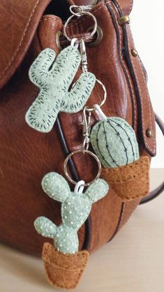 Buy handmade, vintage, custom and unique gifts for everyone . - Buy handmade, vintage, custom and unique gifts for everyone - Felt Diy, Felt Crafts, Diy And Crafts, Crafts For Kids, Arts And Crafts, Pig Crafts, Recycled Crafts, Summer Crafts, Cactus Keychain