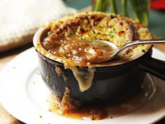 The Food Lab: Use the Pressure Cooker for Quick Caramelized Onions and French Onion Soup | Serious Eats