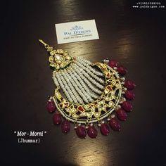 Flower Jewellery For Haldi, Indian Jewelry Earrings, Indian Jewelry Sets, Headpiece Jewelry, Fancy Jewellery, Jewelry Design Earrings, Gold Rings Jewelry, Head Jewelry, Stylish Jewelry