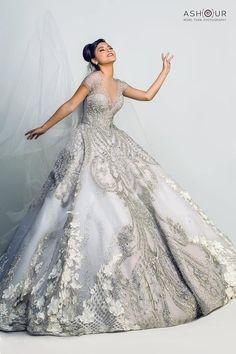 Just need 6ft train Classy Wedding Dress, Wedding Dress Cake, Blue Wedding Dresses, Elegant Wedding, Wedding Gowns, Royal Dresses, Nice Dresses, Princess Bride Dress, Elie Saab