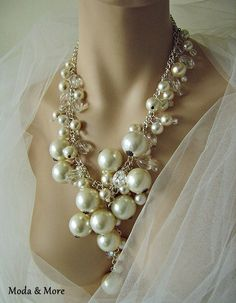 Pearl and crystal statement necklace by moonmommas on Etsy Sarah, it says this necklace ships from Litchfield, UK! This would be very pretty with some of those halter dresses. Pearl Jewelry, Diy Jewelry, Jewelry Box, Jewelry Accessories, Vintage Jewelry, Fashion Accessories, Jewelry Necklaces, Fashion Jewelry, Jewelry Design
