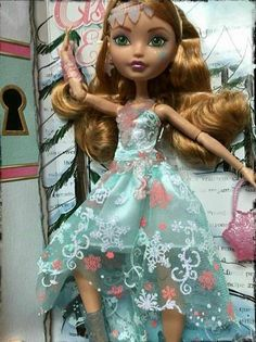 Ever After High Fairest on Ice - Ashlynn Ella Doll Ever After High http://www.amazon.com/dp/B00WFEH084/ref=cm_sw_r_pi_dp_Q-0Bvb05CSDHP
