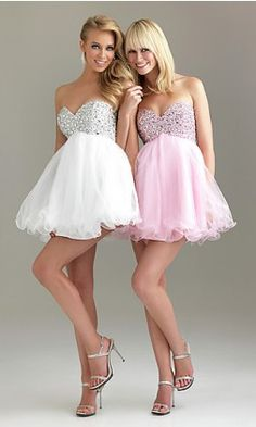 Want this so bad so me and my BFF can both wear these together! So cute for homecoming!