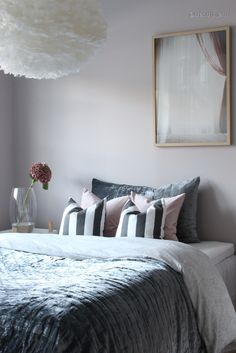 Even if no one ever sees it, your bedroom should still represent your style and feel like a place you […] Beautiful Bedrooms, Comforters, Bedroom Decor, Throw Pillows, Blanket, Simple, Furniture, Decorating Ideas, Design