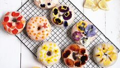 Floral Donuts with Blood Orange & Lemon Ginger Glaze Diy Donuts, Baked Doughnuts, Homemade Donuts, Hot Dog Toppings, Donut Toppings, National Donut Day, Cracked Pepper, Oranges And Lemons, Flower Food