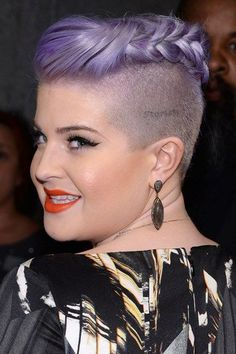 Kelly Osbourne Hair Plait
