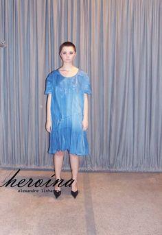"""http://heroina-alexandrelinhares.blogspot.com.br/2013/08/quadrilatero-do-milho-introducao.html  Hoje na vitrine da Heroína """"vestido brisa pé-da-serra""""   """"quadrilátero do milho"""" 013 Você já viu?"""