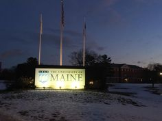 Hearty Maine Hello to our New Students! It may seem like winter, but it's Spring 2017 New Student Orientation today.