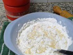Foto del paso 4 de la receta Facturas muy fáciles y económicas Mexican Sweet Breads, Pan Dulce, Croissant, Empanadas, Dessert Recipes, Rolls, Food And Drink, Ely, Vegetarian