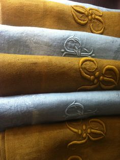 Colored vintage napkins. Longmetrage