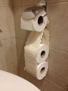 Free Crochet Patterns For Toilet Tissue Holders : 1000+ images about Crochet toilet roll cover :) on ...