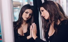 Download wallpapers Victoria Justice, mirror, 2018, American actress, Hollywood, beauty