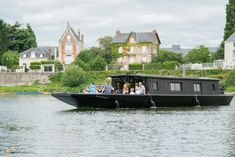 Shanty Boat, Houseboats, Boat Building, Bushcraft, Campers, Habitats, Homesteading, Tiny House, Hunting