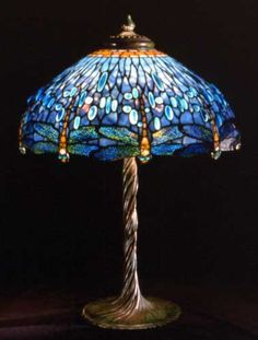 Tiffany Studios      American, firm active 1892-1932    Wisteria table lamp, c. 1910    stained glass and bronze    68.6 cm    ©Chrysler Museum of Art, Norfolk, Gift of Walter P. Chrysler