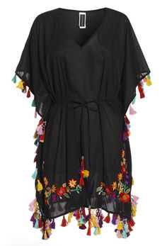 hippie style 491103534346765861 - Black Festive Kaftan With Embroidery and Tassel Detailing Source by oyardmc Hijab Fashion, Fashion Dresses, Hippie Style Clothing, Hippie Lifestyle, Beach Dresses, Designer Dresses, Beachwear, Clothes For Women, Embroidery