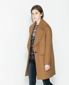 Image 3 of COAT WITH LARGE LAPEL from Zara
