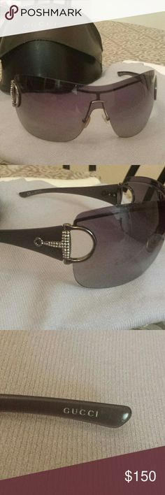 Gucci Sunglasses Barely used, barely scratched or scuffed, Gucci sunglasses. ♡ Gucci Accessories Sunglasses