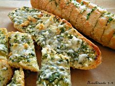 Paine cu usturoi / Garlic bread - imagine 1 mare Jamie Oliver, Garlic Bread, Bruschetta, Avocado Toast, Sushi, Sandwiches, Brunch, Appetizers, Food And Drink