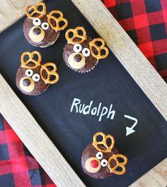Reindeer Cupcakes via Lilyshop Blog by Jessie Jane