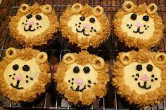 Lion Cupcakes to match the lion smash cake Miss Cupcake, Fancy Cupcakes, Baking Cupcakes, Birthday Cupcakes, Cupcake Cakes, Cupcake Ideas, Zoo Animal Cupcakes, Jungle Cupcakes, Jungle Cake