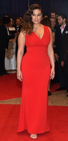 Ashley Graham in Badgley Mischka attends The White House Correspondents' Association Dinner. #bestdressed