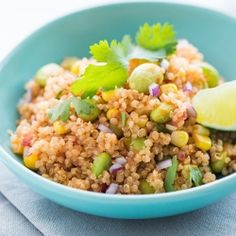Corn and Edamame Quinoa Salad. Sweet seasonal corn, crunchy salty edamame and hearty quinoa make for a vegan salad option that you won't need to worry about spoiling or wilting in the heat. Side Recipes, Raw Food Recipes, Veggie Recipes, Lunch Recipes, Breakfast Recipes, Vegetarian Recipes, Cooking Recipes, Healthy Recipes, Quinoa Dishes