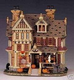 SPOOKY-TOWN-RETIRED-2004-LEMAX-HALLOWEEN-TRICK-OR-TREATERS-HAVEN-45006