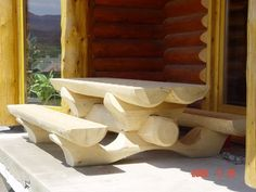 now thats a table Rustic Log Furniture, Tree Furniture, Outside Furniture, Cabin Furniture, Outdoor Bench Table, Wood House Design, Log Home Living, Intarsia Wood, Bird Houses Diy