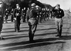 vintage everyday: Black and White Photos of Spanish Civil War from 1936-1939