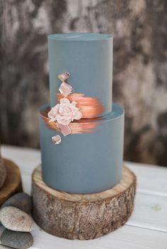 Metallic Wedding Cake Ideas, Copper Wedding Cake, Blue Wedding Cake
