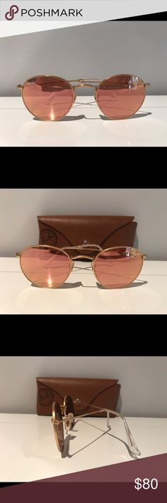 Ray-Ban Original Round Rose-gold Sunglasses Rose-gold new condition, slightly worn case Ray-Ban Accessories Sunglasses