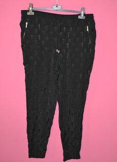 Kup mój przedmiot na #vintedpl http://www.vinted.pl/damska-odziez/rurki/9865697-czarne-spodnie-z-motywem-w-czaszki
