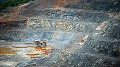 """Responsabilizan a una compañía de capital canadiense de provocar una """"alarmante contaminación"""" de vastas zonas de República Dominicana con sus actividades mineras utilizando sustancias tóxicas, que ha afectado a miles de familias pobres."""