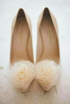 Nude Roses