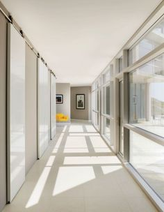 Contemporary Entrance Hall by Ray Frizzell Design and Alexander Gorlin Architects in Ketch Harbour, Nova Scotia