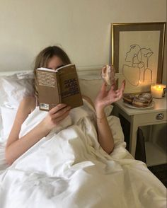 Beige Aesthetic, Book Aesthetic, Aesthetic Pictures, Spring Aesthetic, Lightroom, Influencer, Photo Instagram, Instagram Girls, New Wall