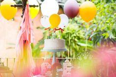 Aniversário de 2 anos do Caê | Macetes de Mãe Pet Shop, Table Decorations, Home Decor, 2 Year Anniversary, Diy Dog, Little Puppies, Pet Store, Decoration Home, Room Decor